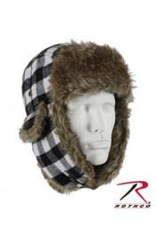 Белая клетчатая шапка с ушами 9873